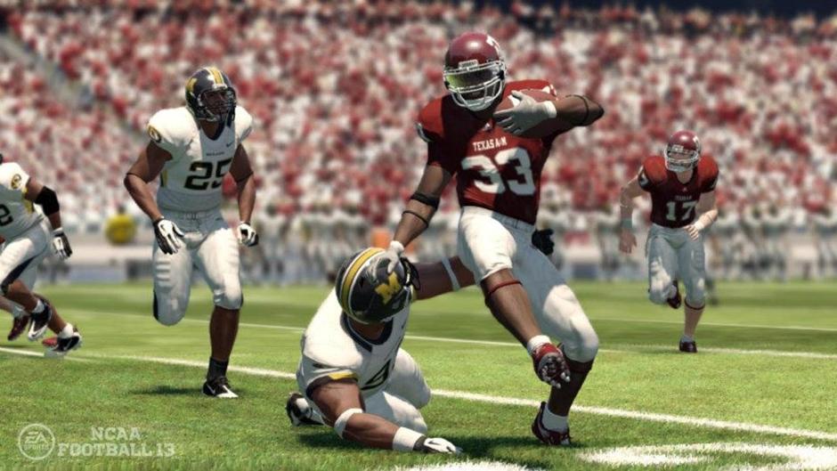 NCAA Football '13 Screenshot 02
